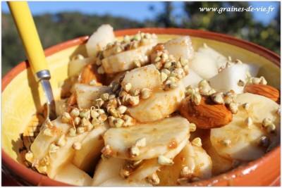 Petit déjeuner crunchy de l'automne
