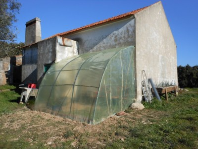 Fabrication d'une serre permaculturelle